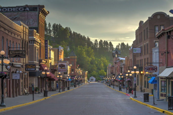 Northern Black Hills and Deadwood Full Day Tour